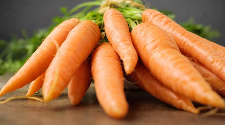 Carrots with beta-carotene