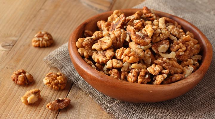 Walnuts rich in Omega-3