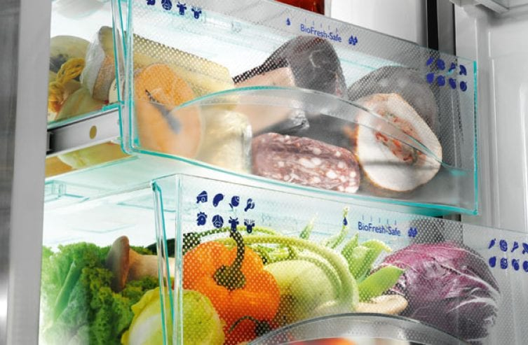 Optimum storage: Cheese, meat and fish go into the DrySafe. The HydroSafe is perfect for fruit and vegetables.