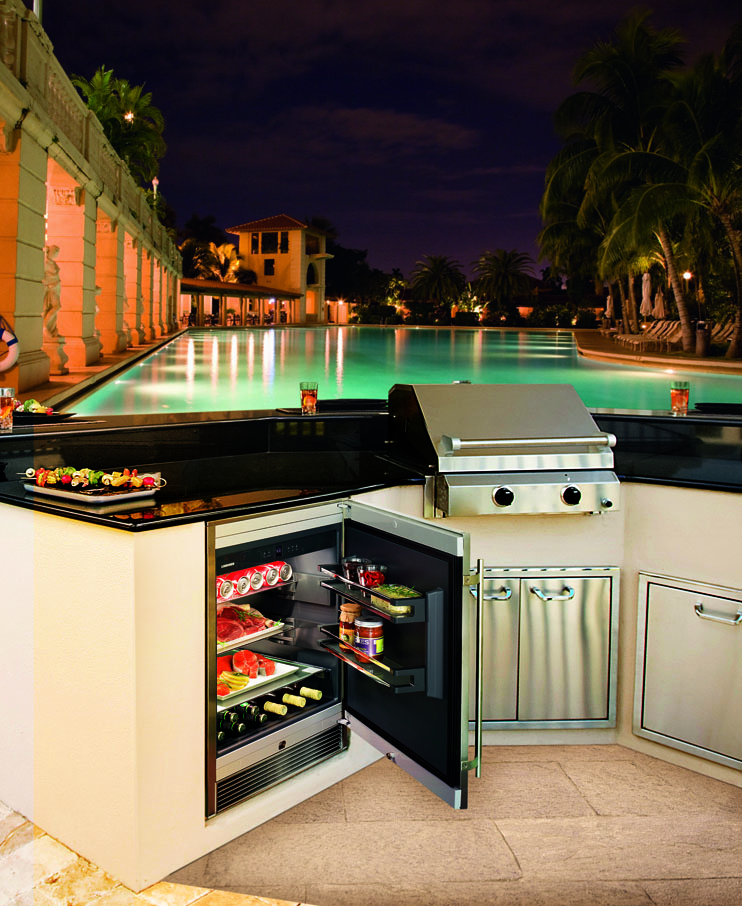 Outdoor Kitchens Perfect For Summer Entertaining: The RO 510: The Perfect Entertaining Accessory For Your
