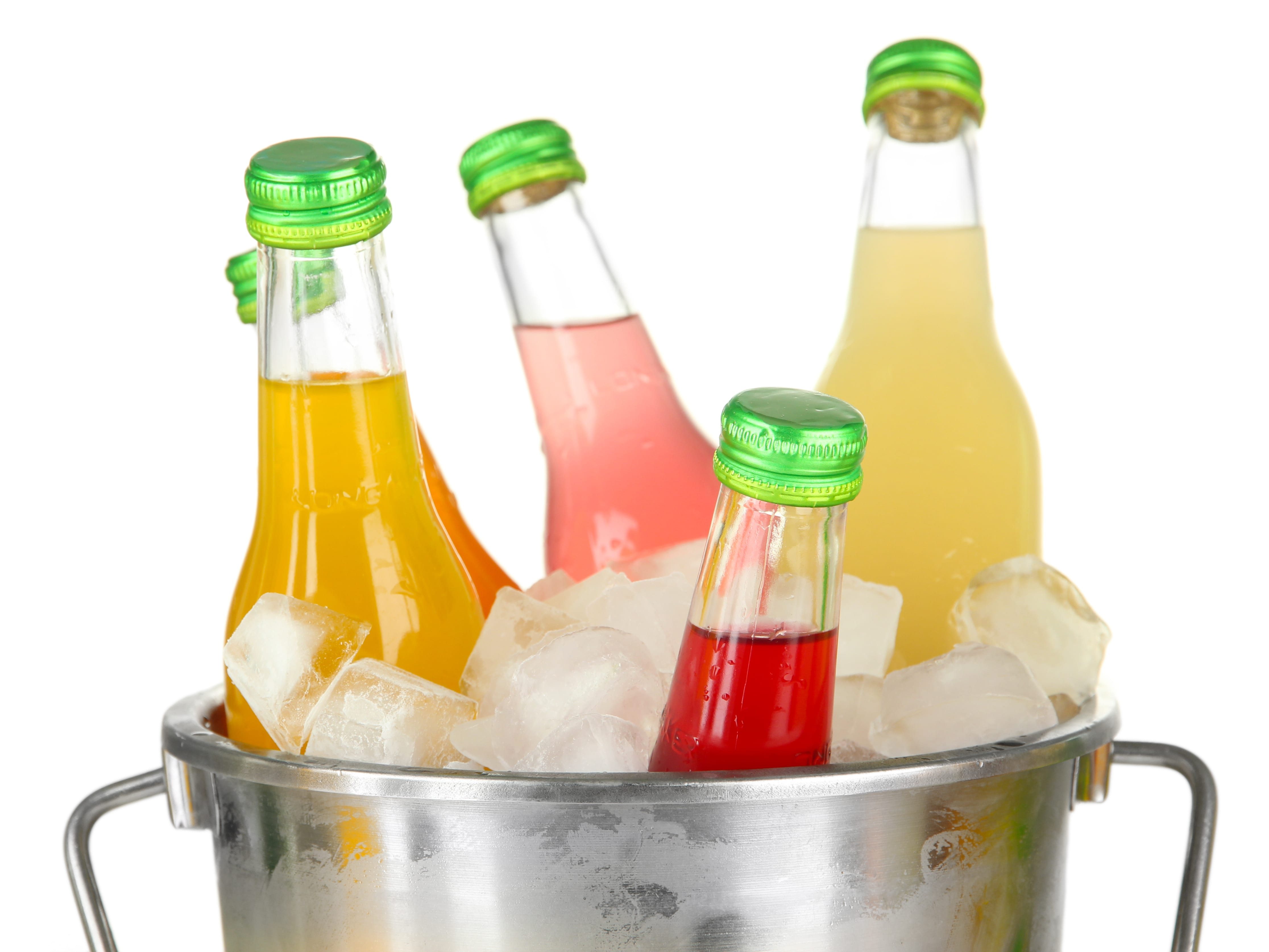 how to keep your drinks cold on a day out - freshmagazine