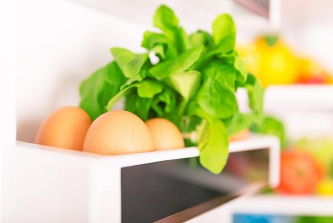 Как да подредим правилно хладилника за ултра дълготрайна свежест на продуктите