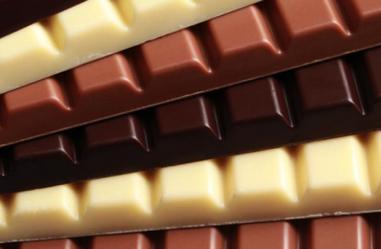 puedo comer chocolate por la noche
