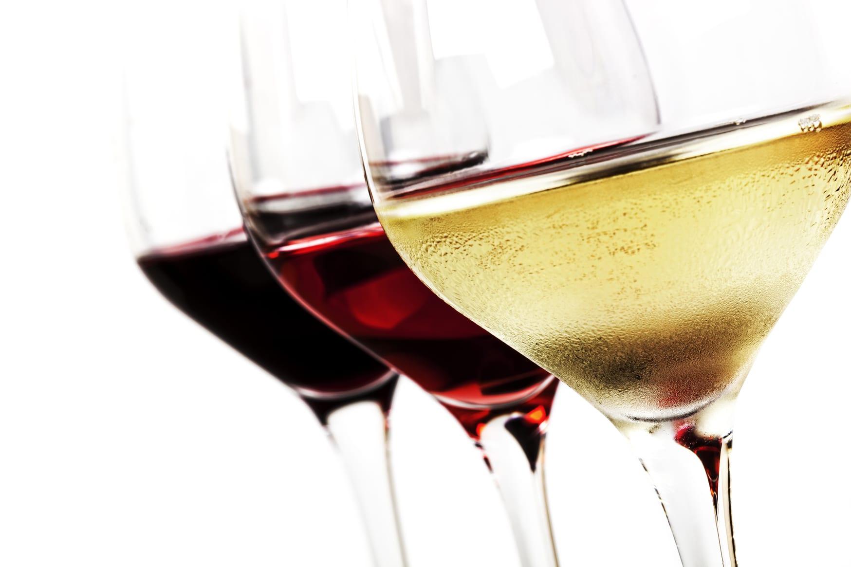 Pourquoi le vin blanc est-il souvent moins cher que le vin