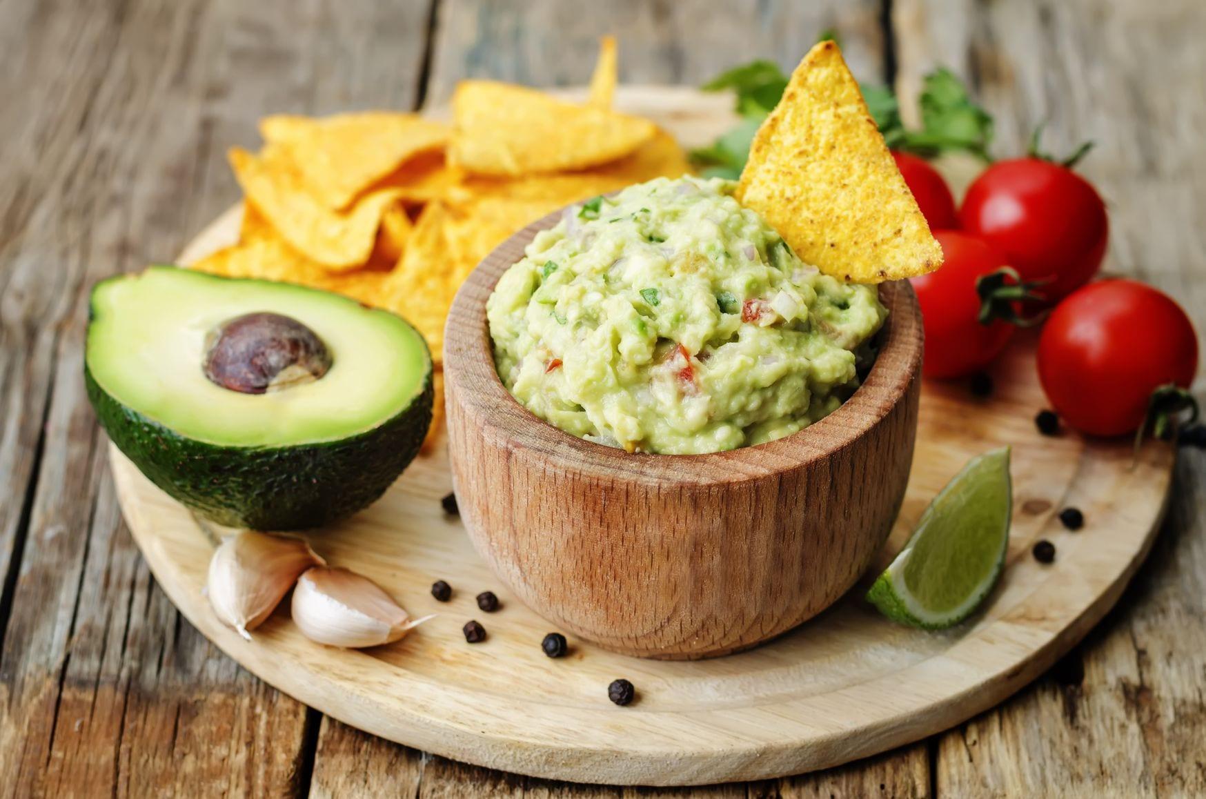 Guacamole Ein Leckerer Dip Mit Avocado Und Tomate Freshmag
