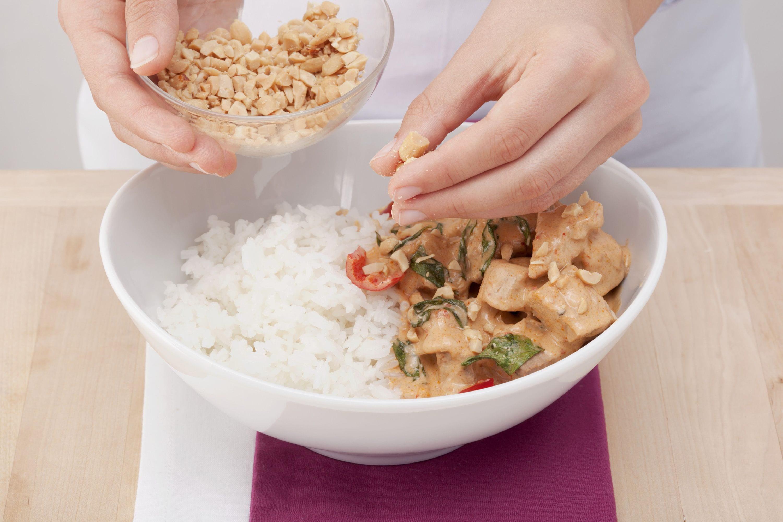 thai curry mit geschmortem schweinefleisch freshmag. Black Bedroom Furniture Sets. Home Design Ideas