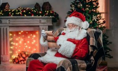 weihnachtsmann christkind oder nikolaus wer bringt die. Black Bedroom Furniture Sets. Home Design Ideas