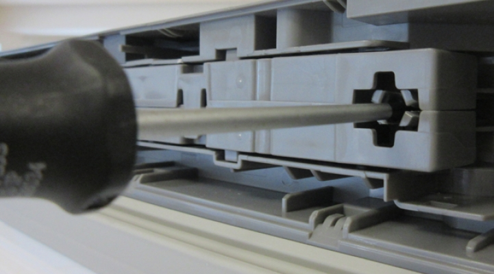 Kühlschrank Zubehör : Türöffnungsbegrenzer so einfach klappt der einbau am kühlschrank
