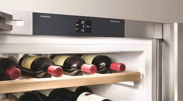 Side-by-Side холодильник Liebherr SBSes 8486: система керування