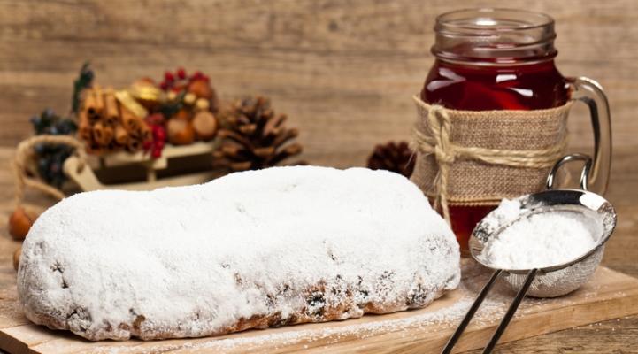 Традиційний різдвяний Штолен (Stollen)
