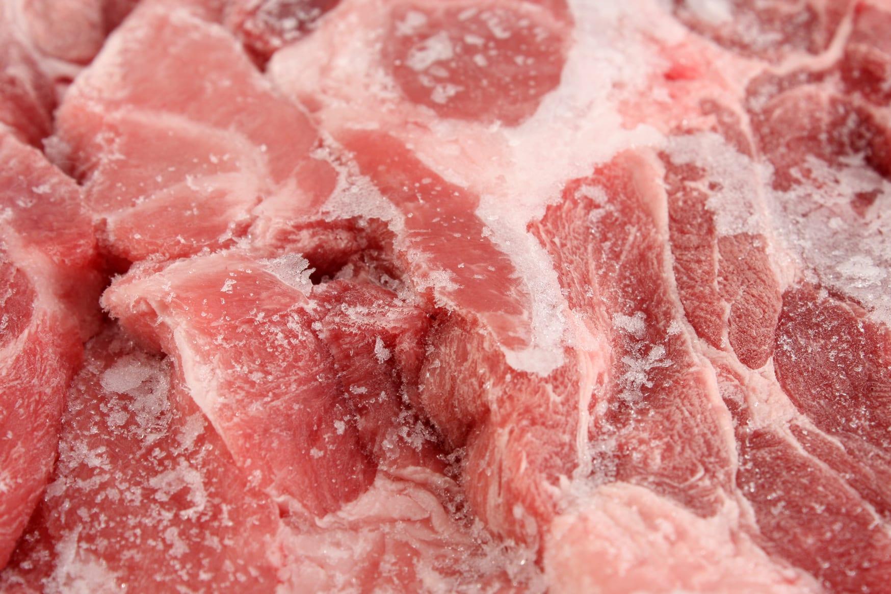 Какое мясо легче замороженное или свежее и почему